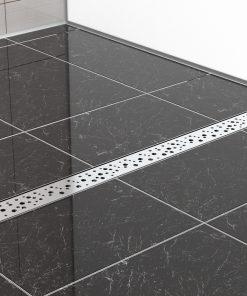 Duschrinne TX aus Edelstahl eingebaut